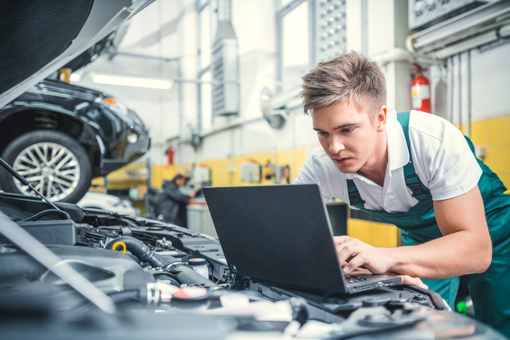 The Best Tech Related Jobs in the Automotive Industry - CKAB